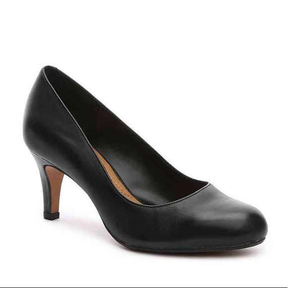 Clarks Shoes - Clarks Classic Black Pumps